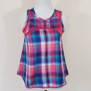 Women's plaid sleeveless shirt with embroidery NWT